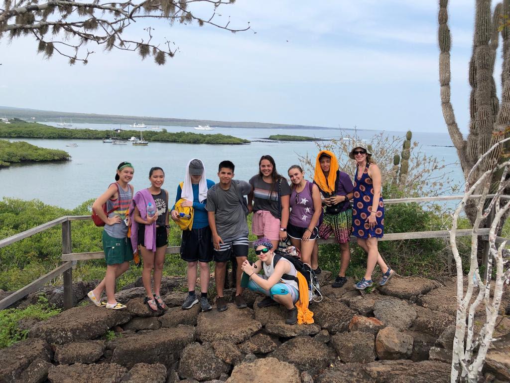 gakapagos-tours-02